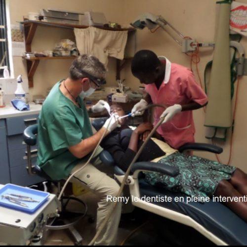 2014 Chez le dentiste