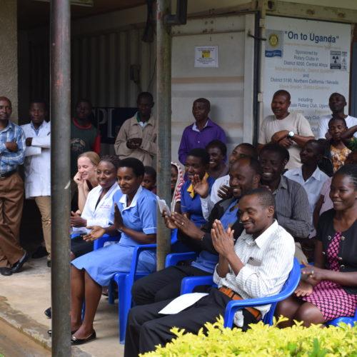 L'hôpital assiste à l'inauguration