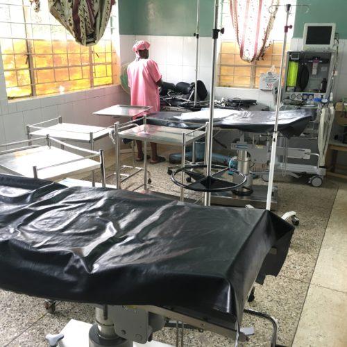 Table d'opération à Kilembe