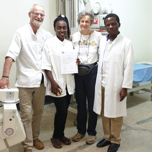 L'equipe de radiologie retrouve Shallon